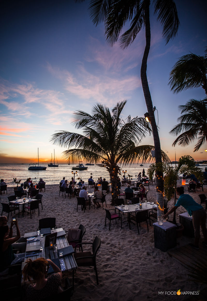 Barefoot restaurant. This is your tasty guide to Aruba: local food you must try, restaurant recommendations and how to experience the best of the local cuisine.