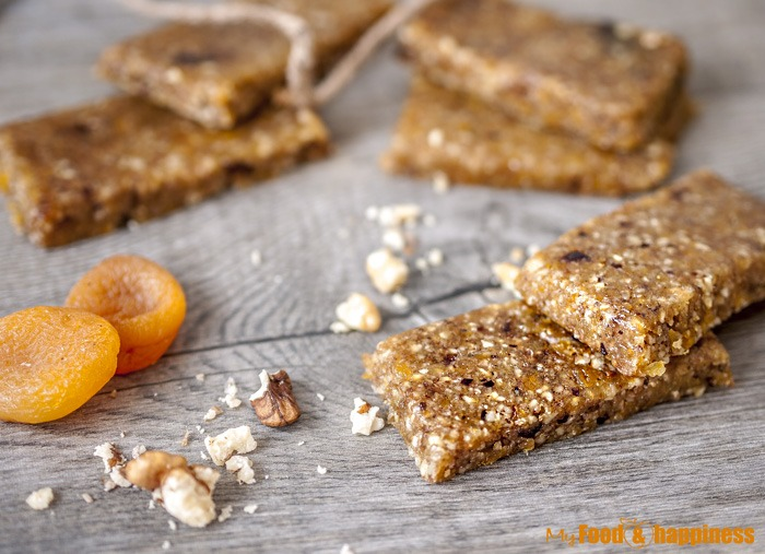 Easy, 3 simple ingredients vegan apricot, walnut energy bars.