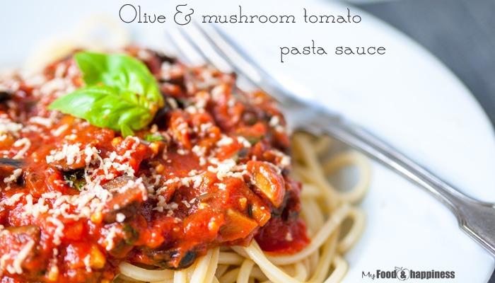 Вегетариански доматен сос за паста с маслини и гъби