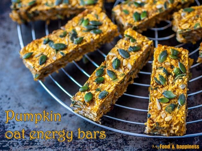 Simple and delicious Cinnamon Pumpkin Oat Energy bars! They are vegan, gluten-free and naturally sweetened so there is no processed sugar. They make the perfect healthy breakfast or snack.