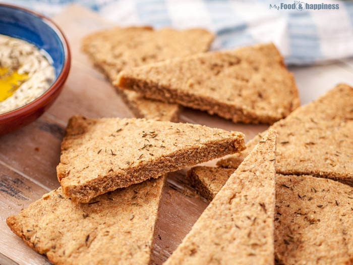 Thyme & Olive oil wholemeal clean protein spelt bread