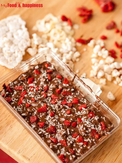 Healthy Cinnamon Rice chocolate bars free printable gift card