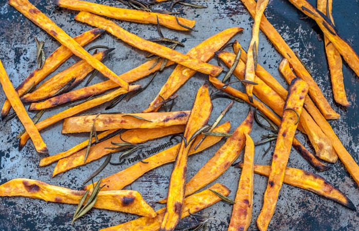 How to bake sweet potato fries / zucchini chips in the oven; Oven-baked vegetables
