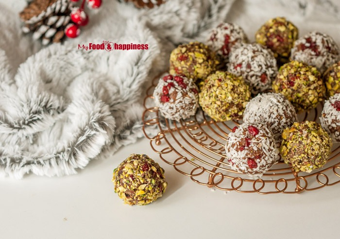 No bake Ginger & Cinnamon bliss balls