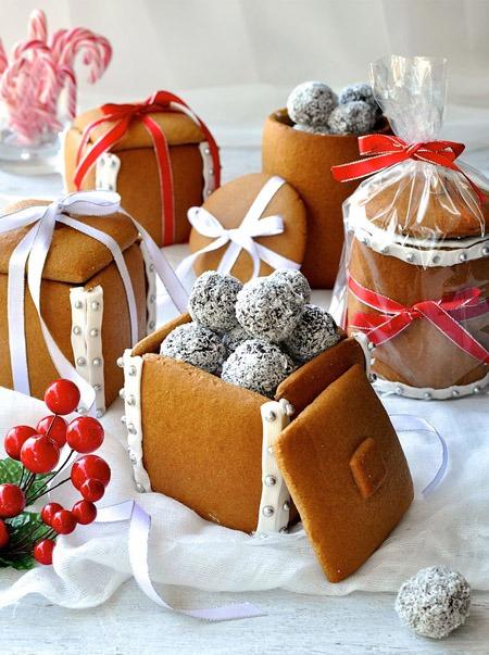 Edible Christmas gifts - Gingerbread Boxes Mason Jars