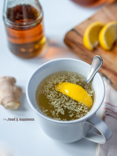 Powerful natural cold remedy potion to relieve common cold symptoms such as runny nose, cough and sore throat. Made with Apple cider vinegar, honey, lemon and ginger.