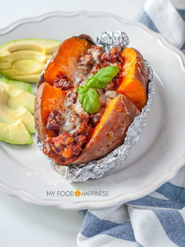 Super delicious sweet jacket potatoes with Tomato and Herb beans - nutritious high in protein vegetarian / vegan meal that is super easy to make!l