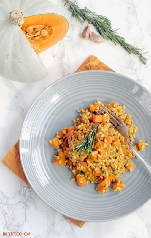 10 Veggie Mains bursting with fall flavours: Pumpkin Rosemary Barley Risotto by The Petite Cook