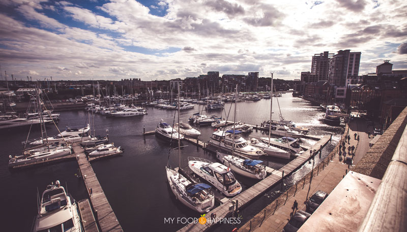 See what the beautiful Ipswich Marina has to offer and go inside the luxurious Salthouse Harbour Hotel. The copper baths, the views of the marina, as well as the restaurant's signature fresh seafood are the perfect combination for a romantic getaway.