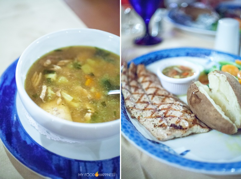 Driftwood restaurant. This is your tasty guide to Aruba: local food you must try, restaurant recommendations and how to experience the best of the local cuisine.